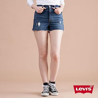 Levis 女款 Ribcage 超高腰排釦牛仔短褲 微磨損細節 彈性布料
