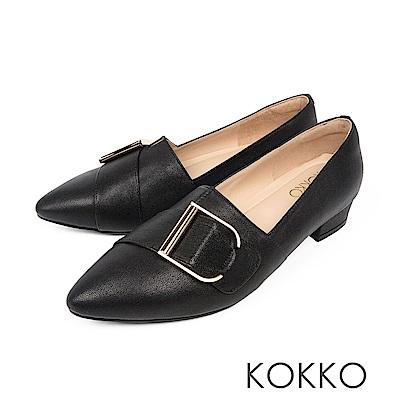 KOKKO - 泰晤士河畔尖頭環扣真皮平底鞋-復古黑