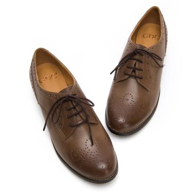 GDC-真皮質感擦色雕花綁帶素色牛津鞋-可可色