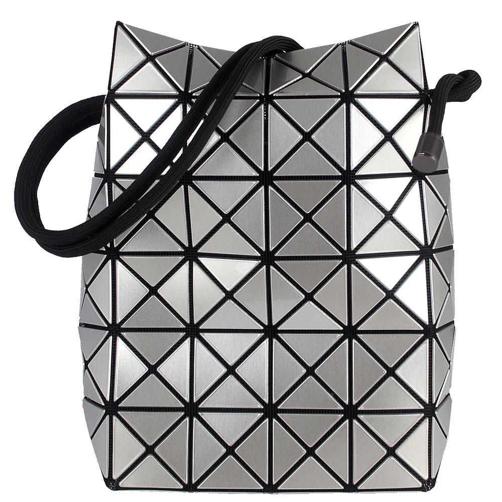 ISSEY MIYAKE 三宅一生BAOBAO 亮面三角方格6x6小型水桶包(銀)