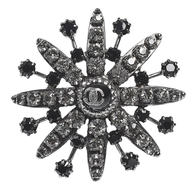 CHANEL 經典雙C LOGO水鑽鑲嵌花朵造型戒指(黑)