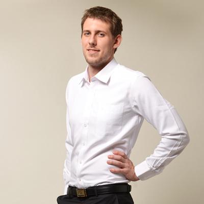 金‧安德森 白色舒適窄版長袖襯衫
