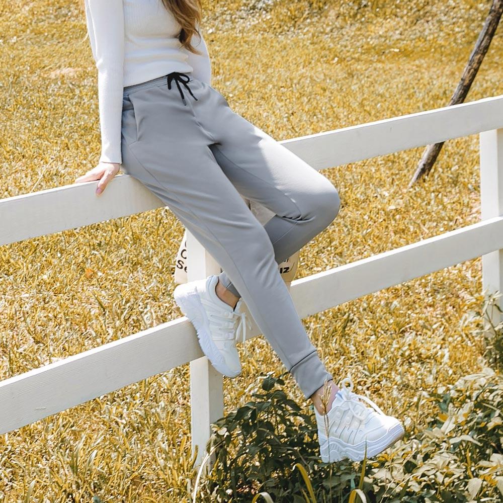 台灣製造~抗UV輕刷毛保暖純色鬆緊腰頭運動褲-OB大尺碼 product image 1