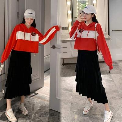 【韓國K.W.】(預購)薔薇花漾造形絲絨套裝裙-2色
