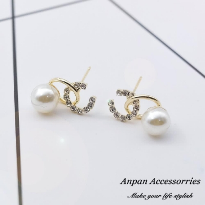 【Anpan 愛扮】韓東大門NYU小香風雙C珍珠925銀針耳釘式耳環-金