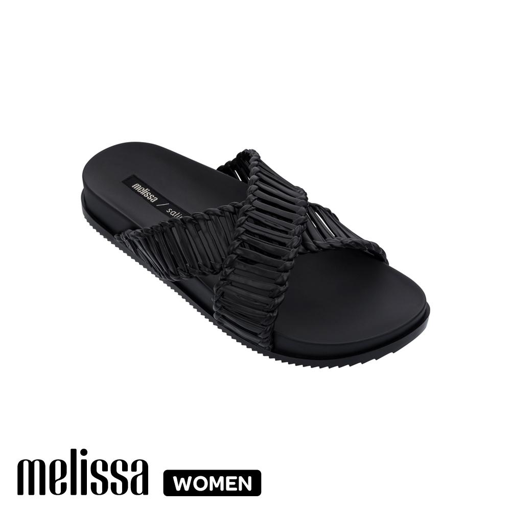 MelissaSalinas聯名編織交叉拖鞋 黑