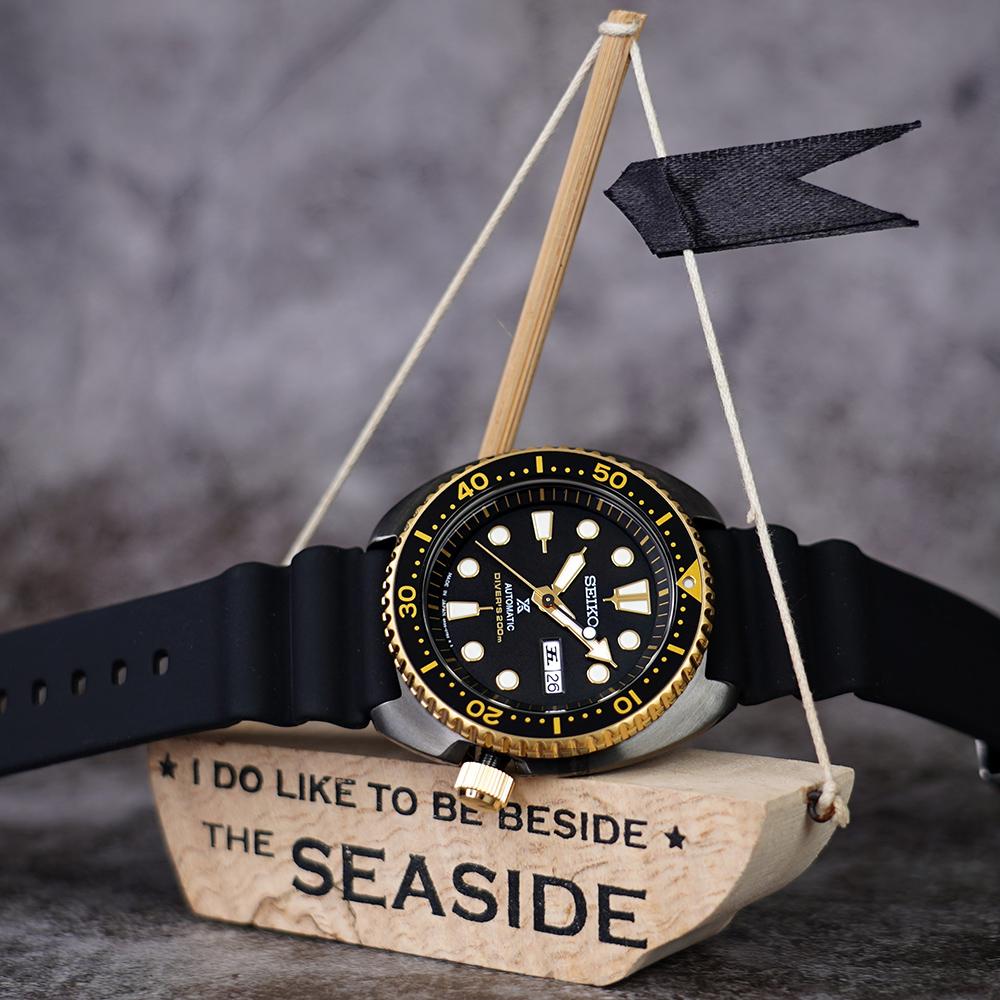 (無卡分期6期)SEIKO PROSPEX 海洋200米潛水機械錶(SRPD46J1)-黑金鮑