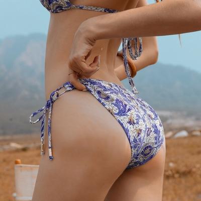 AIR SPACE 印花側綁帶美臀泳褲(復古圖騰花) 女款 女生泳褲 泳裝 低腰 高腰 泳褲 三角泳褲 中大尺碼