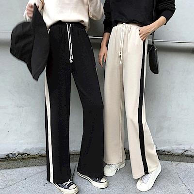 La Belleza鬆緊腰抽繩加厚版側邊滾直條配色毛料寬管褲