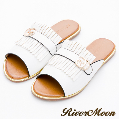 River&Moon大尺碼-時髦品牌風流蘇金邊涼拖鞋-白