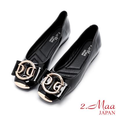 2.Maa 蝴蝶結飾扣小牛皮平底娃娃鞋 - 黑