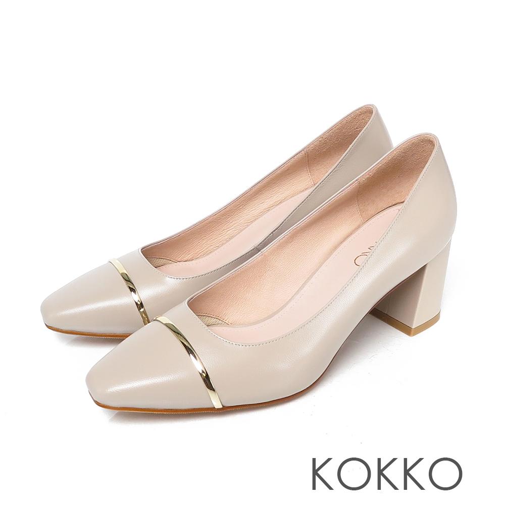 KOKKO柔軟羊皮金屬飾條方頭粗跟鞋淺灰色
