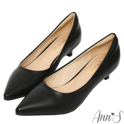 Ann'S健步如飛3.5CM羊紋沙發後跟尖頭鞋-黑