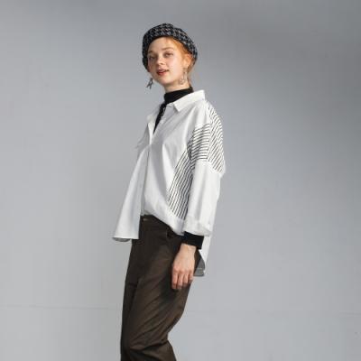 bear two-造型口袋落肩條紋襯衫-白