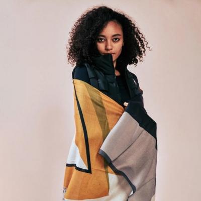 追加30組▲澳洲 YPL 義式孟菲斯時尚絲巾(義大利精工)