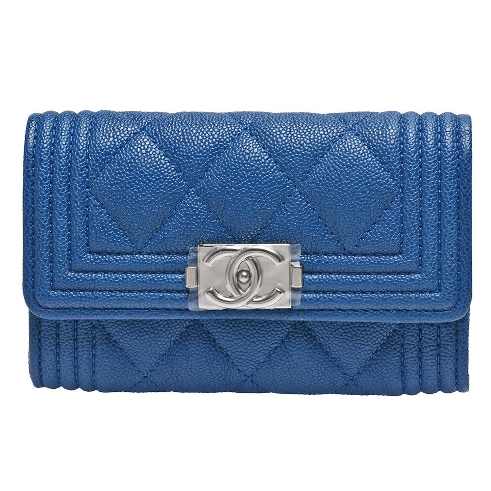 CHANEL BOY系列菱格粒紋小牛皮銀釦壓邊暗釦信用卡夾/零錢包(藍)