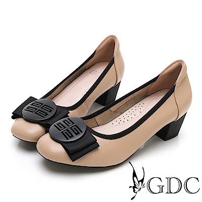 GDC-真皮質感霧面氣質蝴蝶結上班跟鞋-卡其色