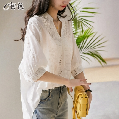 初色  立體小花刺繡上衣-白色-(M-2XL可選)