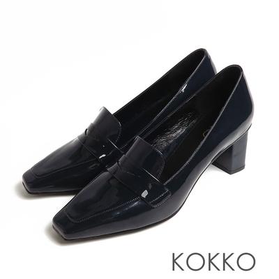 KOKKO超平頭樂福素面鏡面牛漆皮粗跟鞋深藍色