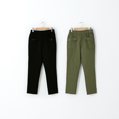 【CUMAR】鬆緊帶休閒口袋造型褲-長褲(二色/版型適中)