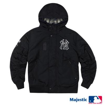 MLB - 狠保暖洋基LOGO布章鋪棉外套-黑 (男)