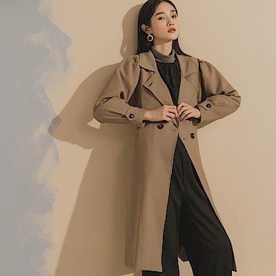 質感純色雙排釦西裝領泡泡袖長版風衣外套(附綁帶)-OB嚴選