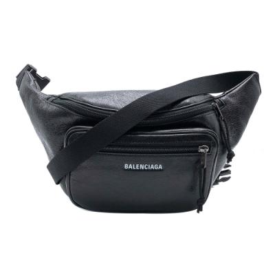 BALENCIAGA Explorer Arena 品牌字母烙印羊皮斜背/腰包(529550-黑)