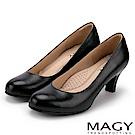 MAGY 簡約OL通勤款 素面通勤牛皮高跟鞋-黑色