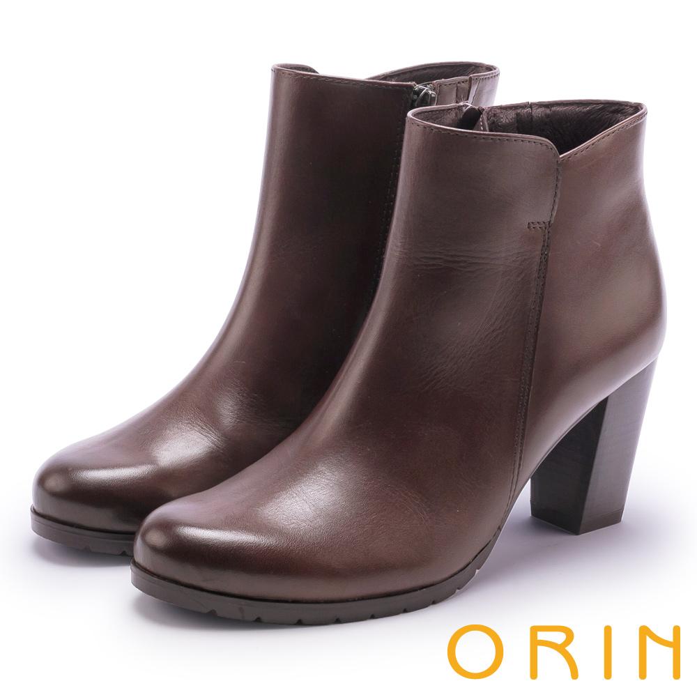 ORIN 經典復古 嚴選牛皮素面粗高跟短靴-咖啡