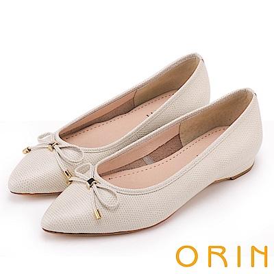 ORIN 典雅輕熟OL 牛皮百搭尖頭低跟鞋-壓紋白