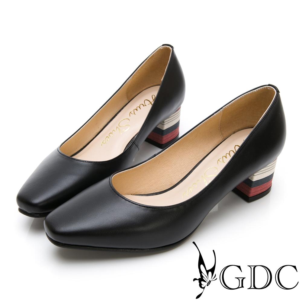 GDC-優雅可愛溫柔彩跟微方頭粗跟鞋-黑色