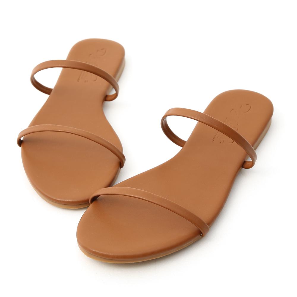 D+AF 清涼夏日.二條細帶平底涼拖鞋*棕