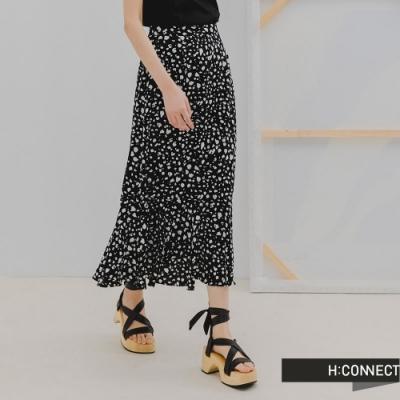 H:CONNECT 韓國品牌 女裝 -滿版圖樣飄逸長裙-黑色