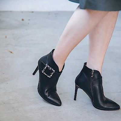 IREAL 跑趴焦點華麗寶石高跟短靴