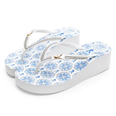PLAYBOY 唯美設計水鑽厚底人字拖-白藍-YT5161F