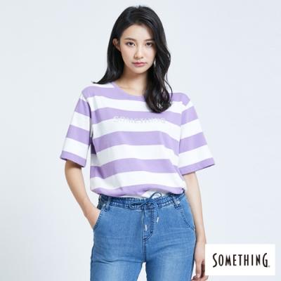SOMETHING 條紋立體燙箔 短袖T恤-女-芋紫