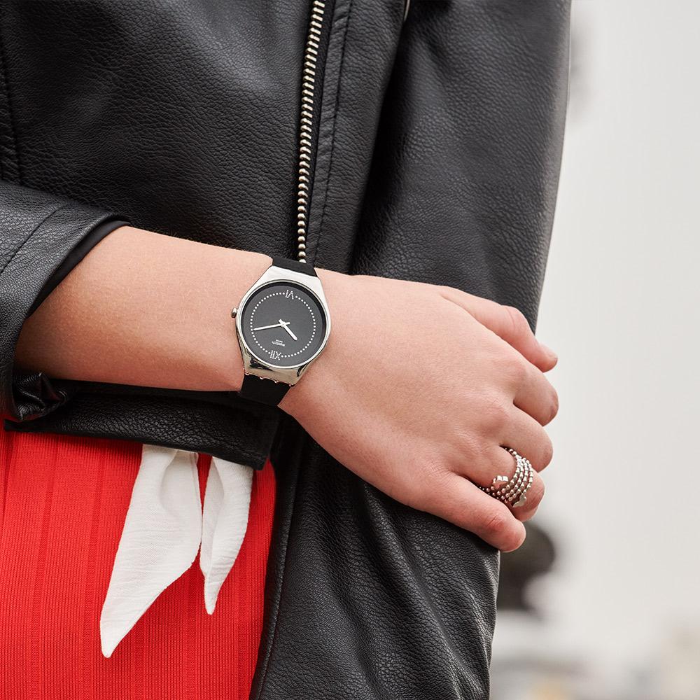 Swatch 超薄金屬系列 SKINALLIAGE 絲絨黑手錶
