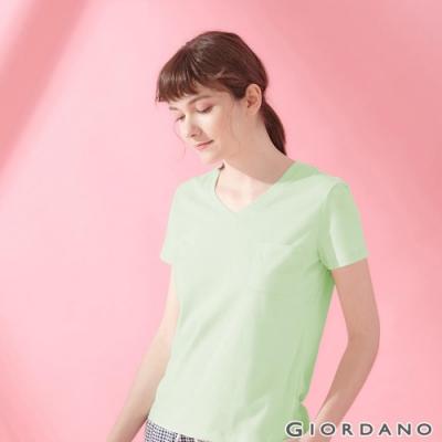 GIORDANO 女裝棉質素色V領口袋T恤-58 奶油綠