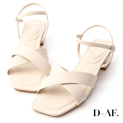 D+AF 優雅俐落.寬版交叉方頭低跟涼鞋*米白