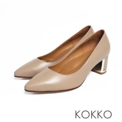 KOKKO -愛在黎明前全真皮尖頭粗跟鞋-淺駝灰