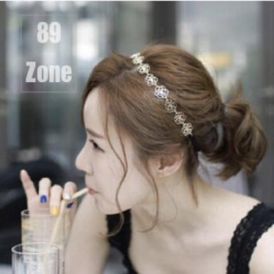 【89 zone】韓版時尚鏤空玫瑰花髮束/髮帶 1 入 (金色)
