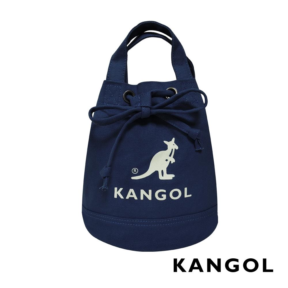KANGOL 韓版玩色系列-帆布斜背水桶包-深藍AKG1214