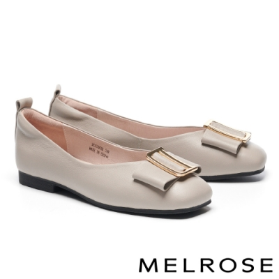 低跟鞋 MELROSE 氣質高雅蝴蝶結金屬飾釦全真皮方頭低跟鞋-米