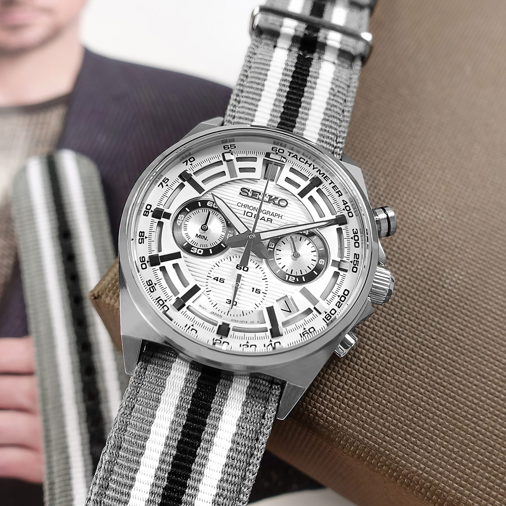 SEIKO 精工 經典條紋 三眼計時 日期 防水100米 尼龍帆布手錶-灰白色/41mm