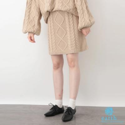 earth music 菱格紋麻花編織迷你針織短裙