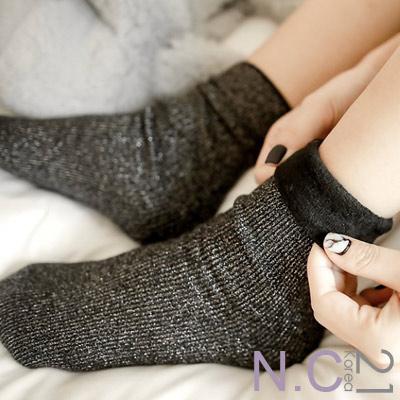 N.C21-正韓 金絲坑條紋加絨中筒襪 (共二色)
