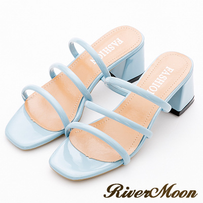 River&Moon涼鞋-名媛氣息光澤三線條粗跟涼拖鞋-水藍