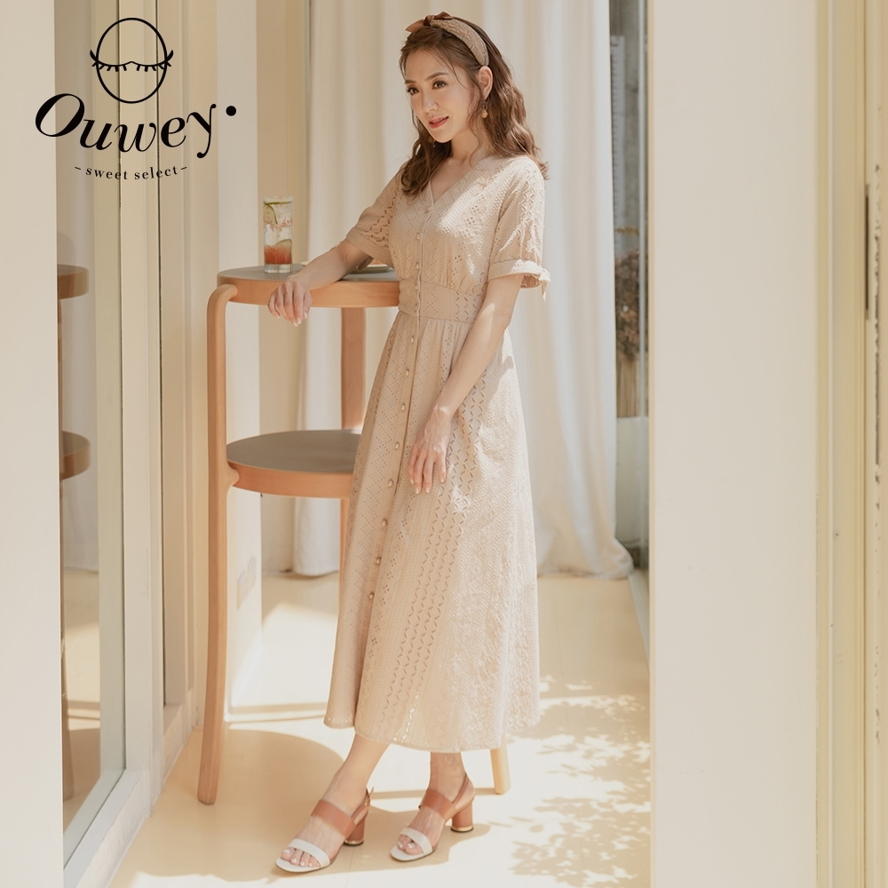 OUWEY歐薇 純棉刺繡蕾絲綁帶V領洋裝(卡其)3212027119