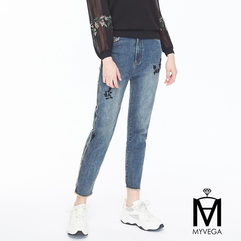 麥雪爾 MA高含棉小串珠印花九分牛仔褲-藍