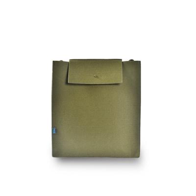 M.R.K.T. 毛氈布極簡工業風立體方包-142934C GREEN(綠色)